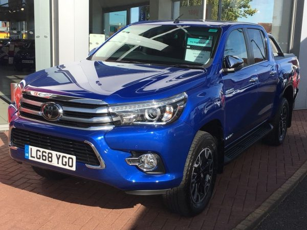 Buy Used 2018 Toyota Hilux 2.4 D-4D Invincible X Double Cab Pickup in Kenya