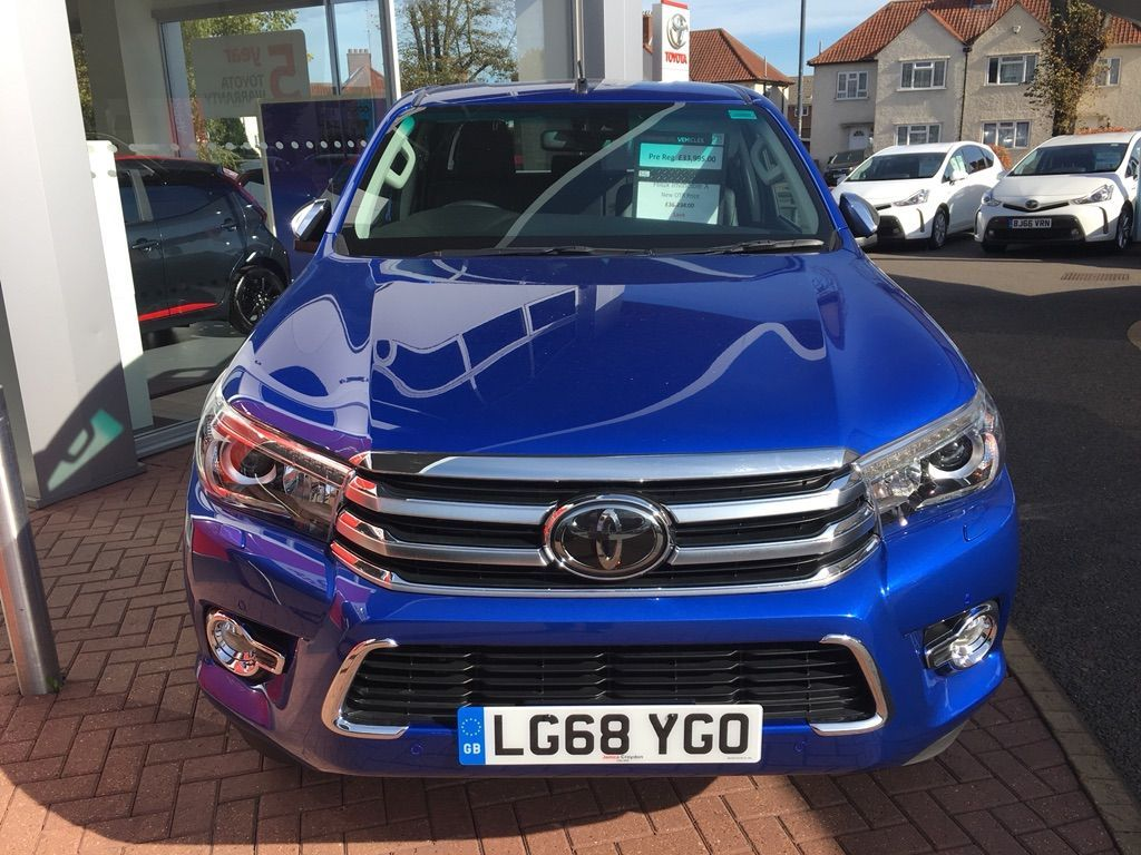 Buy Used 2018 Toyota Hilux 2 4 D-4D Invincible X Double Cab Pickup