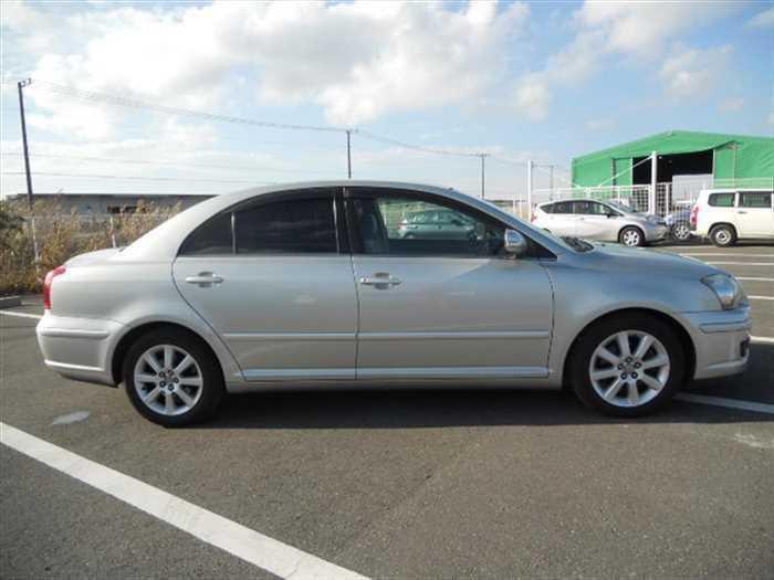 Buy 2009 Toyota Avensis